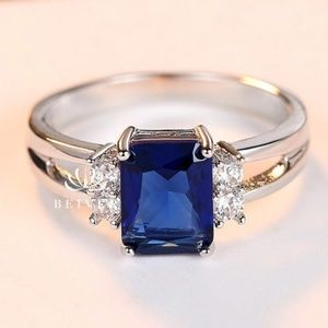 Perfect for your holiday outfits Sapphire blue sz7